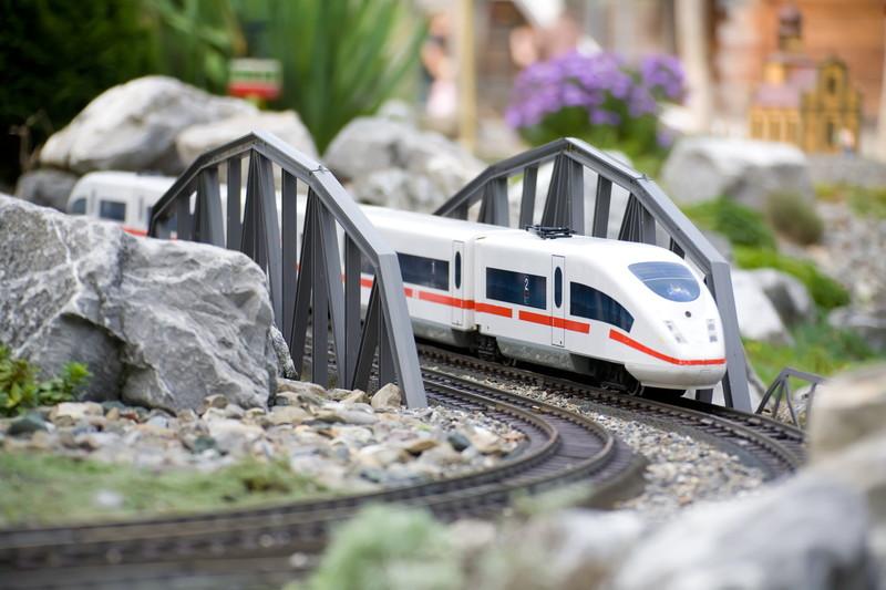 走る鉄道模型
